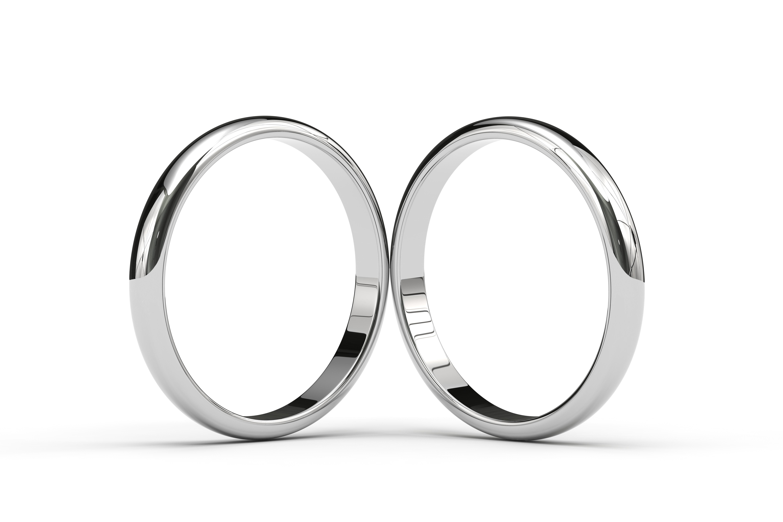 サージカルステンレスの結婚指輪が人気!プラチナとの違いはココ
