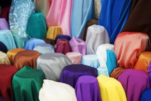 古着に使われている素材・生地は何?種類別の特性を徹底解説します